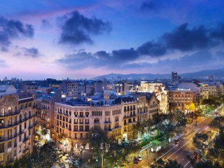 SPAIN-BARCELONA-CITY-NIGHT-...