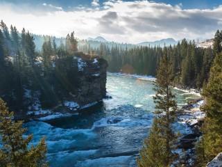 Bow-River-Alberta-Canada-mo...