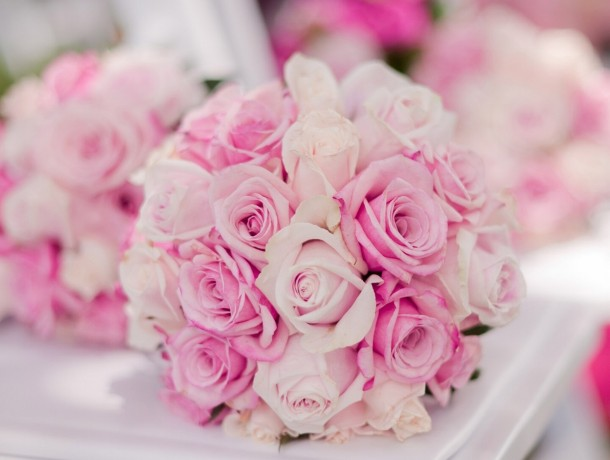 Bridal-bouquet-pink-roses